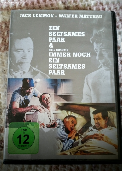 """2 DVDs """"The Odd Couple/The Odd Couple II"""""""