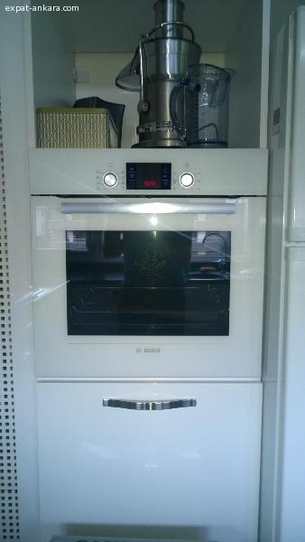 BOSCH OVEN - only 2 days