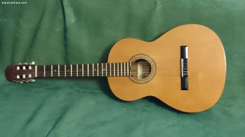 Classical Guitar - Prudencio Saez Model 2