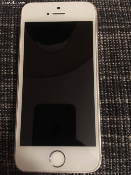 Iphone 5S in excellent condition for sale