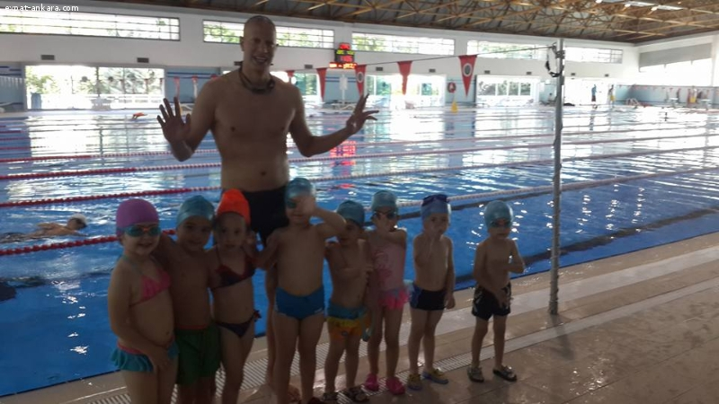 Opening New English Swimming Course