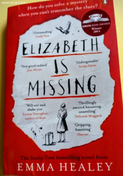 "Paperback ""Elizabeth is missing"""